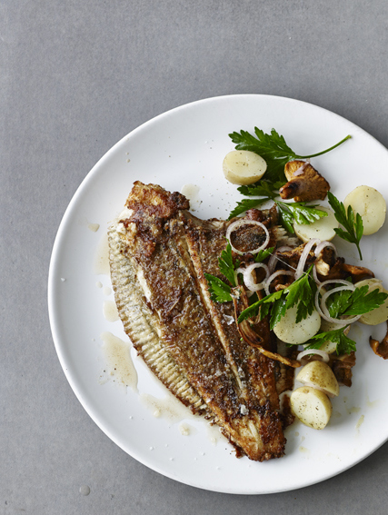 Pan-Fried Flounder With Potatoes In Parsley Recipe — Dishmaps